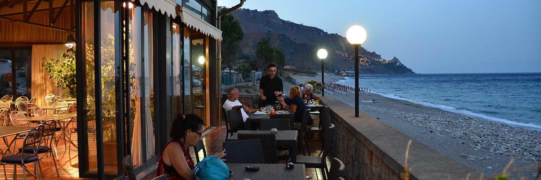 Terrazza Sul Mare Del Camping Paradise Taormina